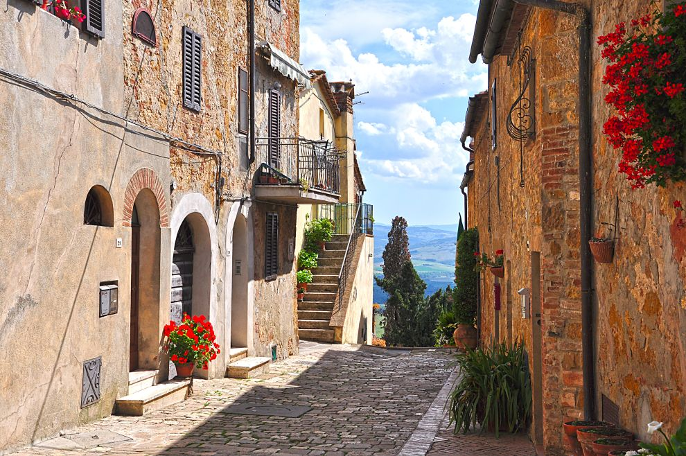 Tuscany Painting Holidays With Richard Pikesley